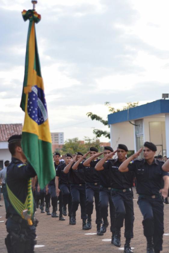 aumento-de-10-no-efetivo-da-policia-militar-ajuda-no-combate-a-violencia-urbana-e-do-campo-em-rondo562x392_36251aicitonp1ajms28md1apj13f9tv6mol10173