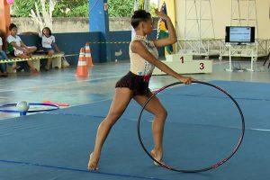 Rondoniense se prepara para apresentação no campeonato brasileiro de ginástica rítmica em Curitiba/PR