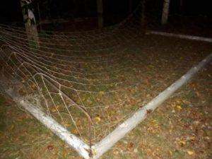 Alvorada do Oeste: Trave de futebol suíço cai e mata criança de 4 anos