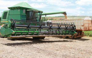 Venda da nova safra de soja está travada no Brasil