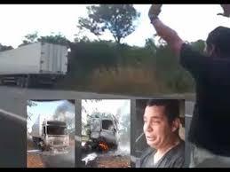 Caminhoneiro pede com fé e Deus manda chuva para apagar o fogo do seu caminhão