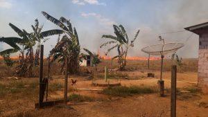 Machadinho: Prefeito Leomar lamenta incêndio na linha TB 14, Galo Velho; Casal foi encontrando carbonizado