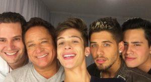 Susto: filhos do cantor Leonardo sofrem acidente de carro em Goiás