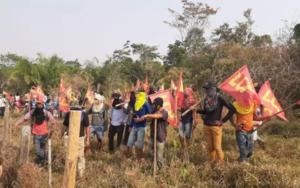 Polícias são surpreendidos durante operação em área rural, em RO